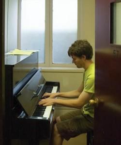 practice-piano